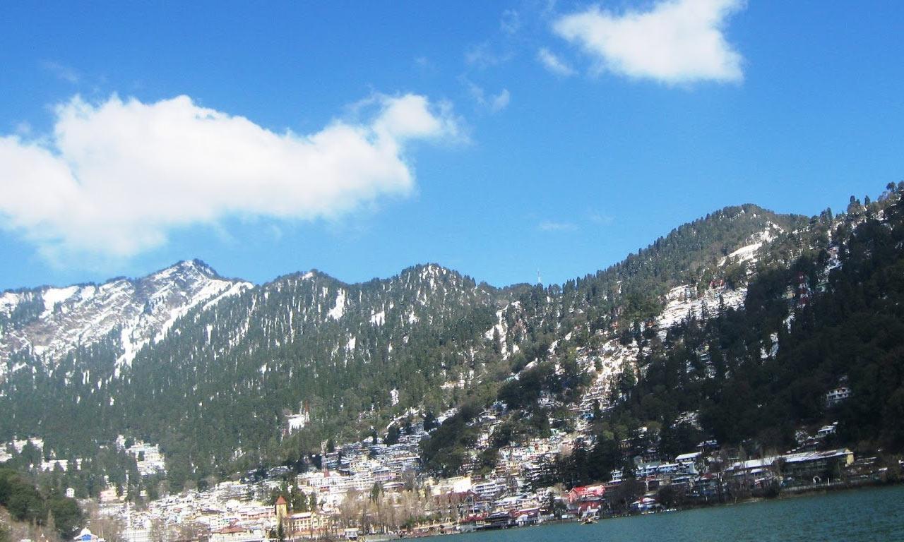 Snow_View_Nainital.jpg