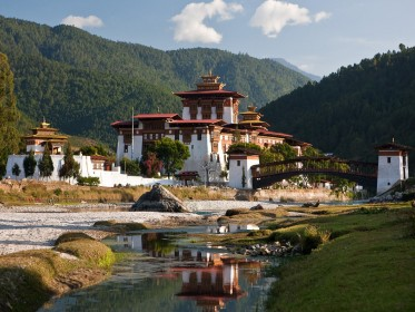 Bhutan_Tour_Package.jpg