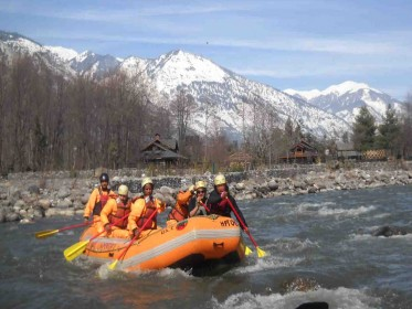River_Rafting_In_Manali.jpg